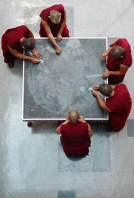 tibetanmonks02